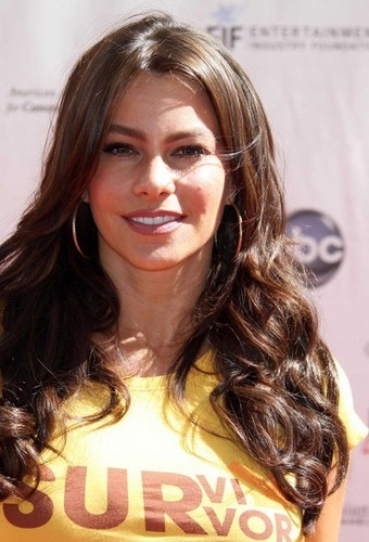 Sofia Vergara at The 2010 Stand Up To Cancer