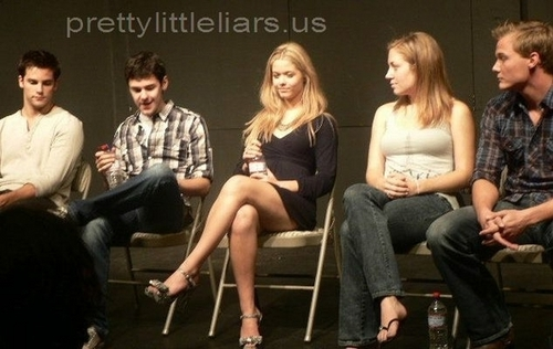 Cynthia Bain's Pretty Little Liars Event