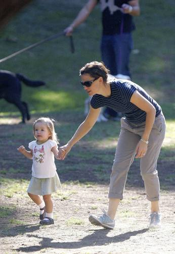 Jen out and about with her girls 9/25/10