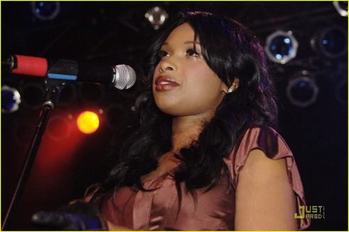 Jennifer Hudson: Michigan Avenue Anniversary