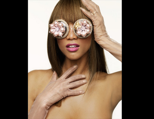 Tyra In Rose Colored Glasses