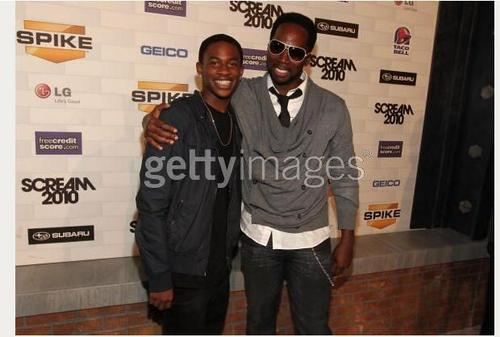 Malcolm David Kelley and Harold Perrineau -scream awards 2010