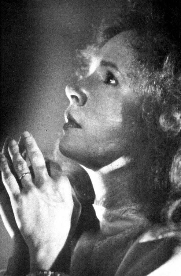 Piper Laurie parsons