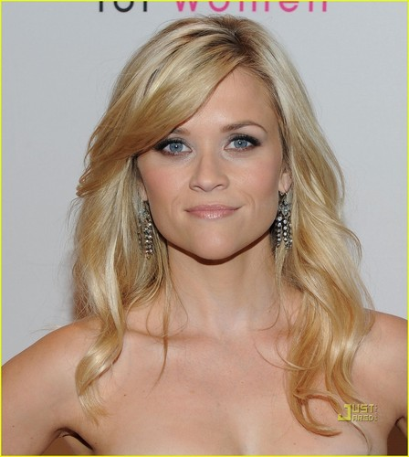 Reese Witherspoon: Avon Foundation for Women Gala