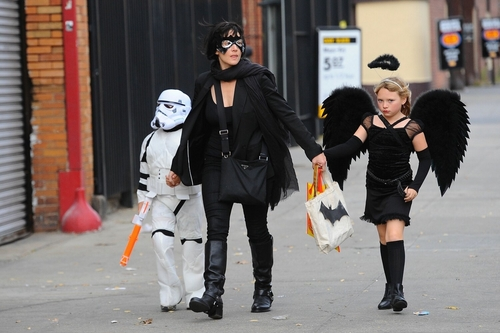 Kate Winslet and kids celebrate Halloween in the West Village