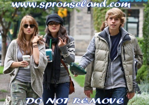 Suite Life Cast Goes to Starbucks!!