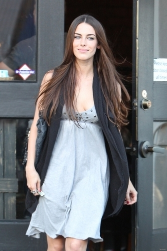 2010-11-09 Jessica Lowndes leaving Toast Restaurant in West Hollywood