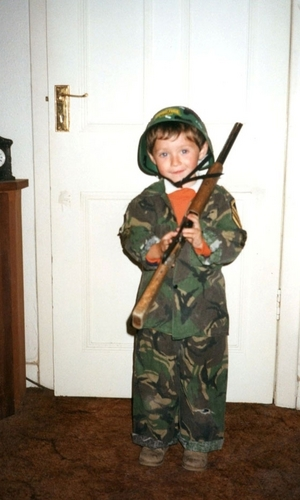 Niall Dressed Up In Army Gear :) x