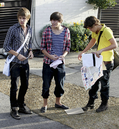 1 Direction Liam Louis & Harry :) X