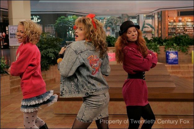 images4.fanpop.com/image/photos/17000000/Let-s-go-to-the-Mall-robin-sparkles-17056935-625-416.jpg