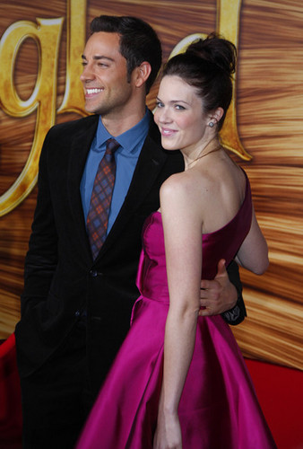 Zachary Levi & Mandy Moore @ the LA Premiere of 'Tangled'