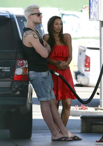 Leona Lewis Getting Gas In Los Angeles