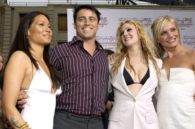 Matt LeBlanc, Drew Barrymore, Cameron Diaz, and Lucy Liu at event of Charlie's Angels: Full Throttle