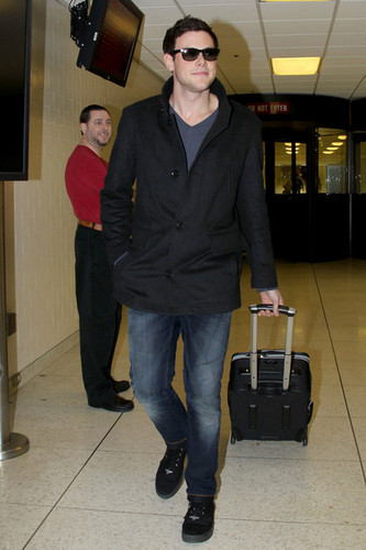 Cory lands at LAX after visiting Vancouver for the Thanksgiving holiday