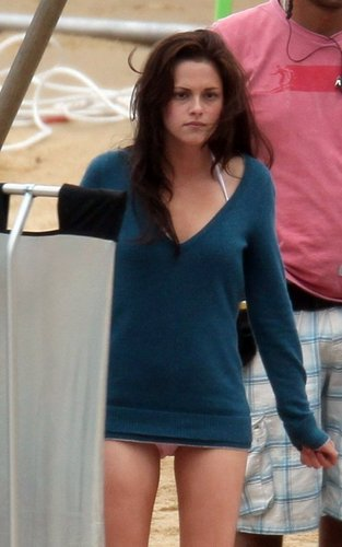 New Breaking Dawn Honeymoon Photos