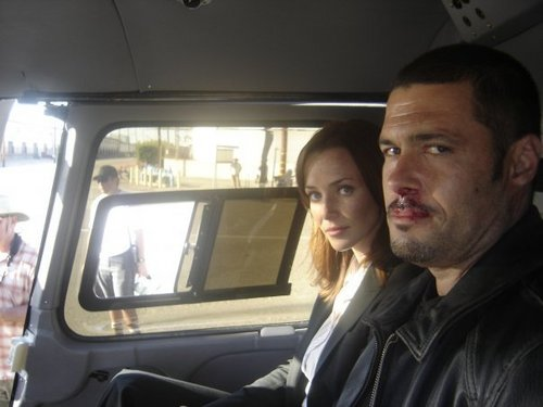 Annie & Carlos Bernard on S7 Set