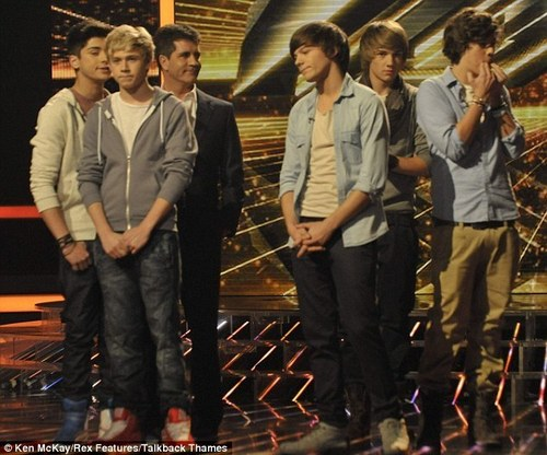 1D Looking Devastated When They Lost Out To Matt & Becca (They R The True Winners In My Eyes) :) x