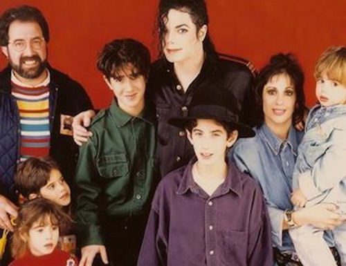 MJ and his một giây family