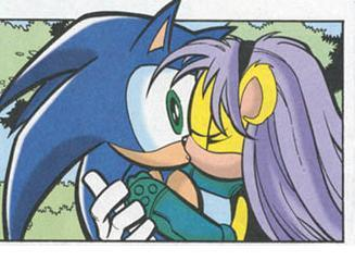 Mina kissing Sonic
