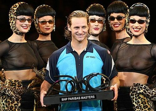 David Nalbandian and naked women