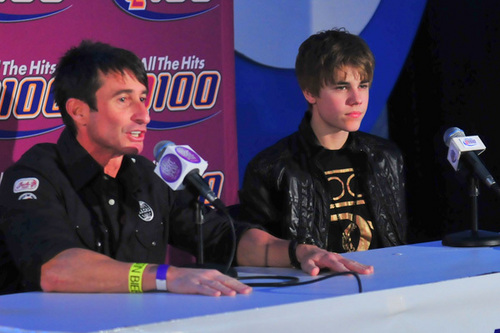 'Stuff Bieber's Bus' Press Conference