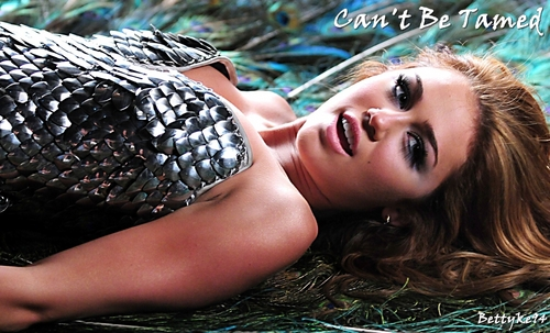 Can't Be Tamed Wallpaper <3
