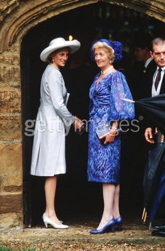 diana and mother