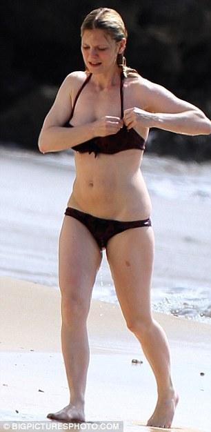 Emilia Fox in bikini on Barbadian holiday - Merlin on BBC Photo (18577630) - Fanpop