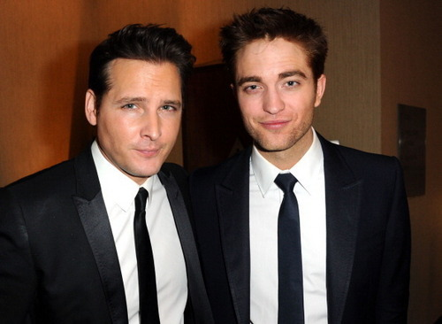 Rob and Peter at Golden Globes 2011