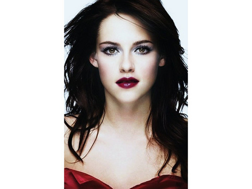 TheFABLife's Rendition Of Vampified Bella Cullen