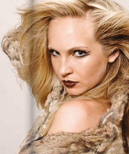 New/Old Photoshoot for CH2 Magazine. [Candice Accola].