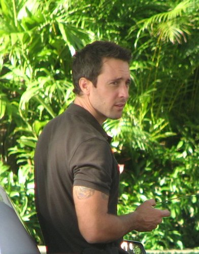 "On set Set ""Hawaii Five-0"""