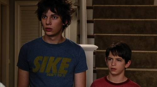 Devon Bostick and Zach Gordon in Diary of a wimpy kid 2: Rodrick Rules
