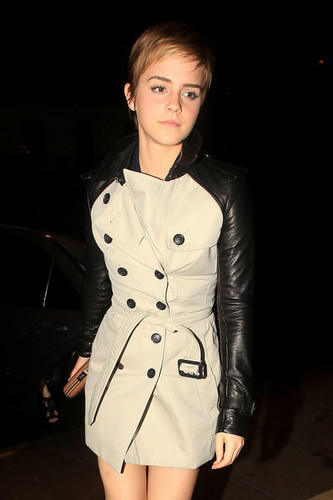 Emma out and about in London {11-2-11}