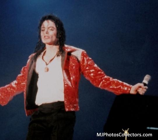 Beat-It-history-world-tour-1996-1997-19543254-542-480.jpg