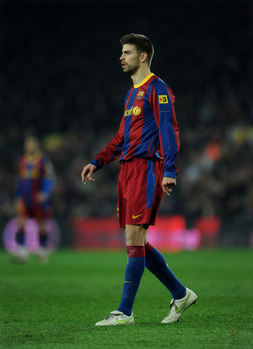 G. Pique (Barcelona - Athletic Bilbao)