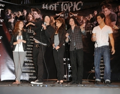 New/Old 사진 from the Hot Topic 2008 Appearance