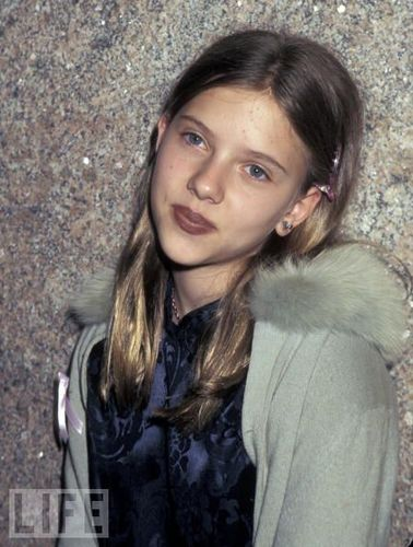 Awe, cute younger Scarlett...