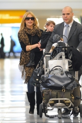 Sarah and charlotte - LAX Airport 04/03/11