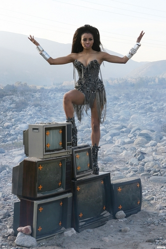 "Kat Graham - ""I Want I All"" Shoot in San Bernadino"