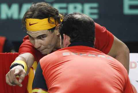 Nadal kisses with Albert Costa !!!