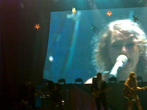 Speak Now World Tour: Quezon City, Philippines [February 19, 2011]