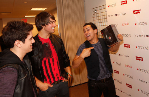 Carlos, Logan and James