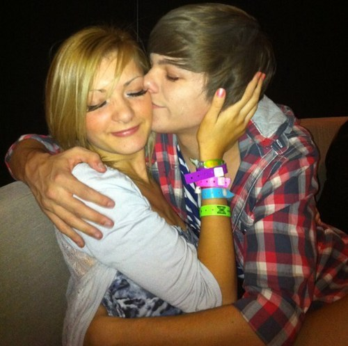 Louis & Hannah = True Liebe (Love Them 2gether) Picture Perfect! 100% Real :) x