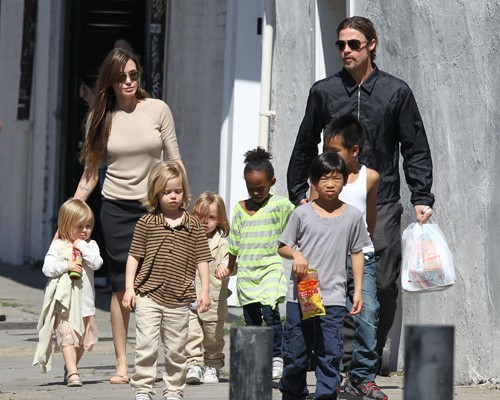 Angelina, Brad & Kids out in New Orleans