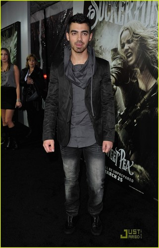 Joe Jonas: 'Sucker Punch' Premiere