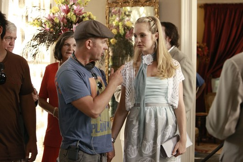 New HQ TVD BTS Stills of Candice as Caroline (1x04: Family Ties)!