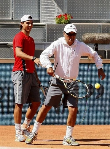 toni is funny tenis player !!!!
