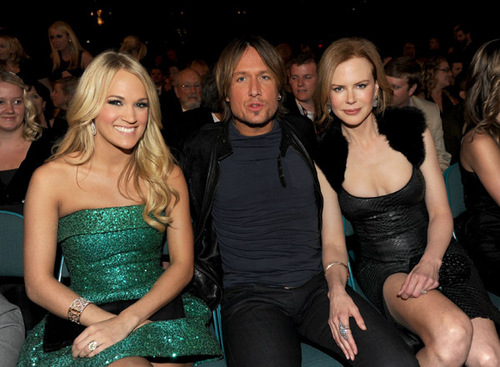 4/3/11 - Academy Of Country Musik Awards - Backstage/Audience