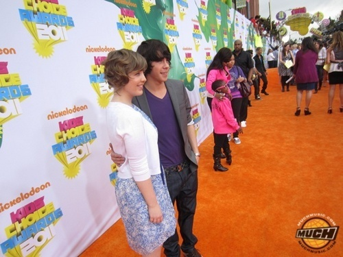 Aislinn and Munro